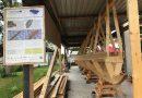Römerboot am Seezentrum Schlungenhof wird beplankt